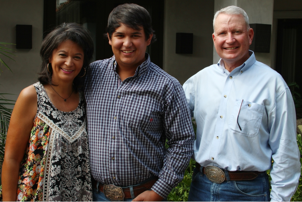 Linda, Dillard and Burt Bull
